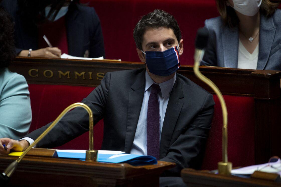 Gabriel Attal, secrétaire d' Etat auprès du Premier ministre, porte parole du gouvernement - Questions d'actualité au gouvernement à l'Assemblée Nationale, Paris, le 12 janvier 2021.