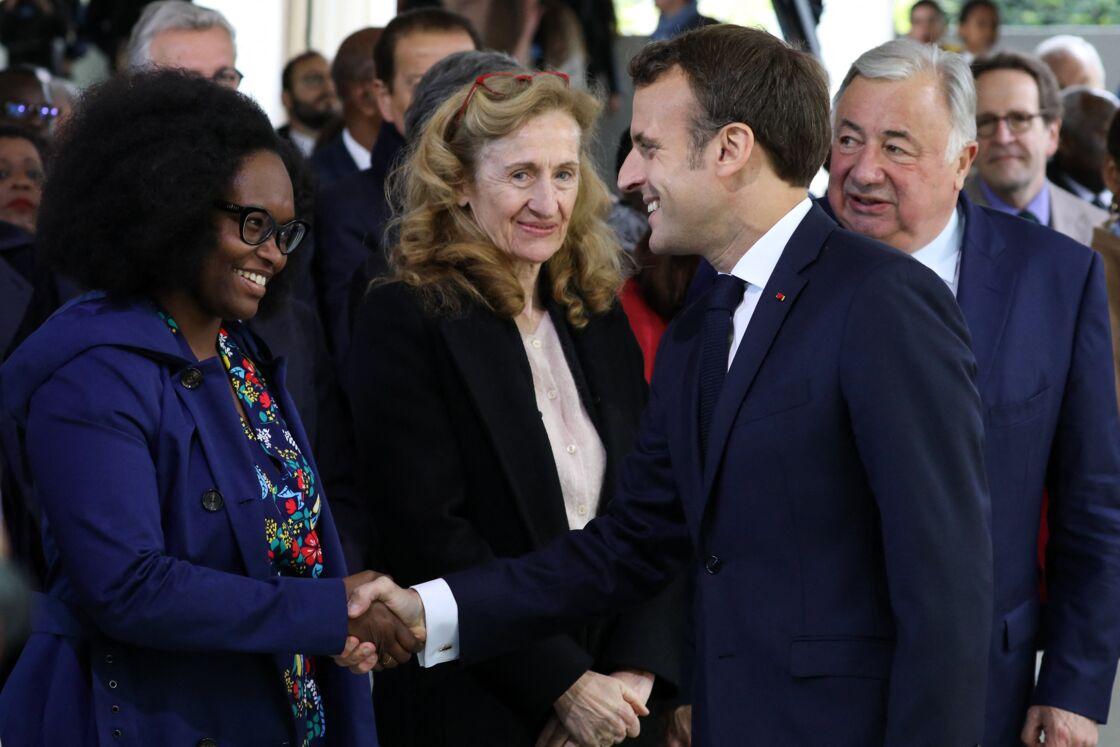 Sibeth Ndiaye et Emmanuel Macron lors de la Journée nationale des mémoires de la traite, de l'esclavage et de leurs abolitions, au Jardin du Luxembourg, Paris, le 10 mai 2019