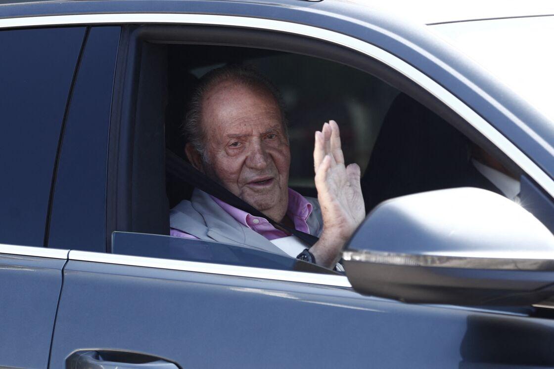Juan Carlos est déjà visé par une plainte pour menaces et harcèlement de Corinna Larsen depuis mars 2020