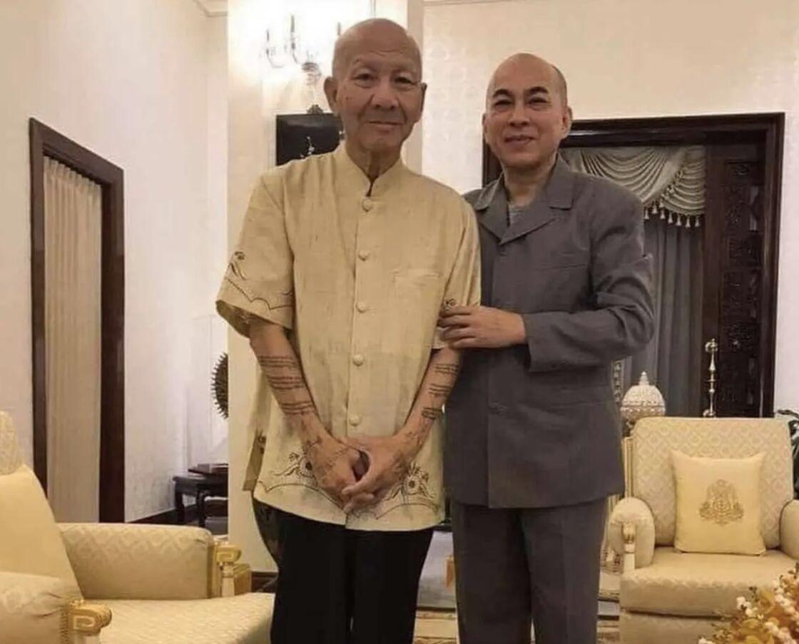 Le roi du Cambodge et le prince Norodom Yuvaneath