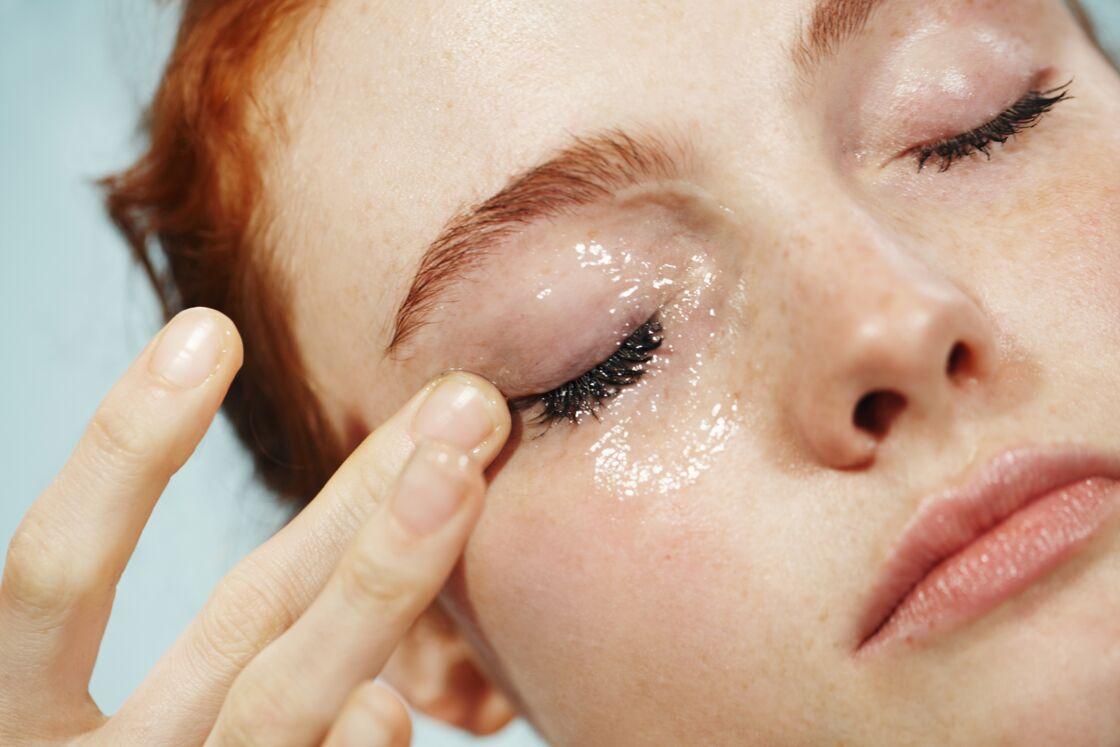 Le baume démaquillant permet de nettoyer la peau et d'éliminer le maquillage en douceur