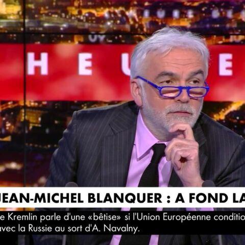 VIDÉO – «Il y a un variant Praud»: Jérôme Béglé épingle le journaliste