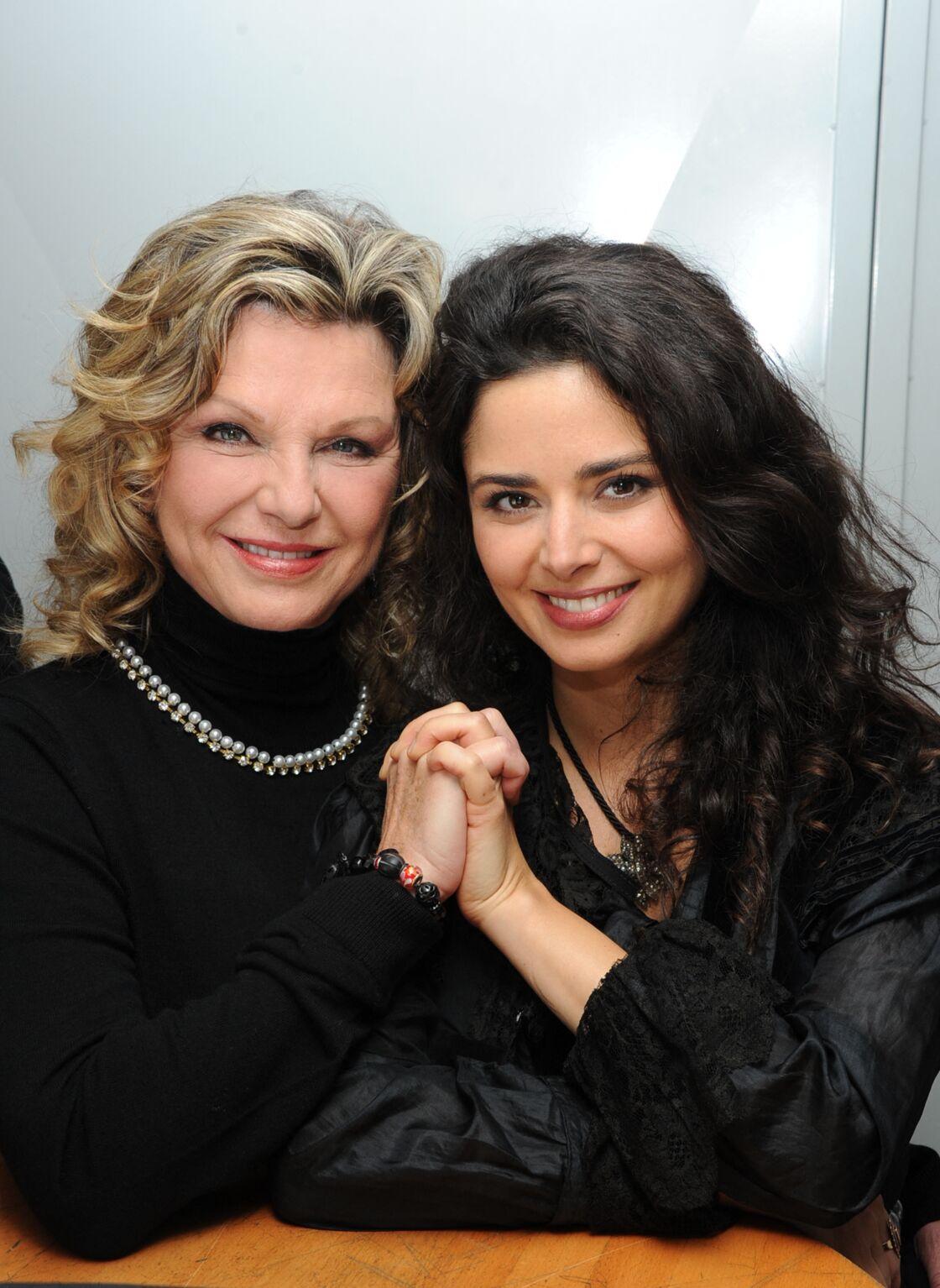 Jeane Manson et sa fille la chanteuse Shirel, le 18 décembre 2014.