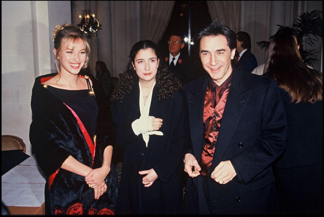Richard Berry avec sa fille Coline et son ancienne épouse à la soirée des César 1993