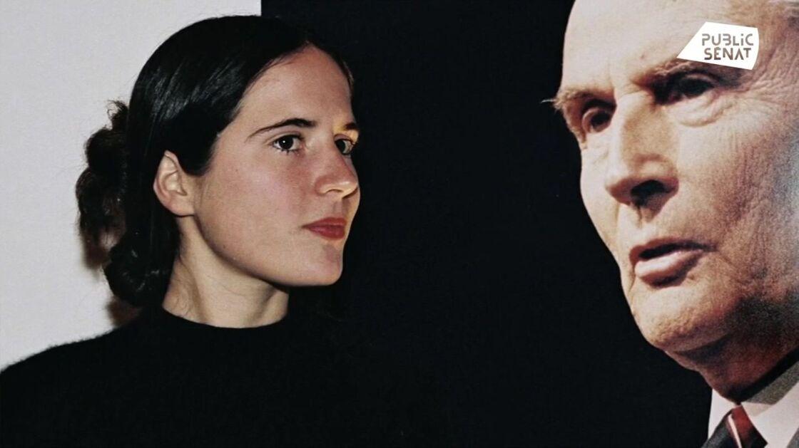 Si elle a fait bonne figure en public, Danielle Mitterrand aurait vécu la révélation de l'existence de Mazarine en Une de Paris Match comme