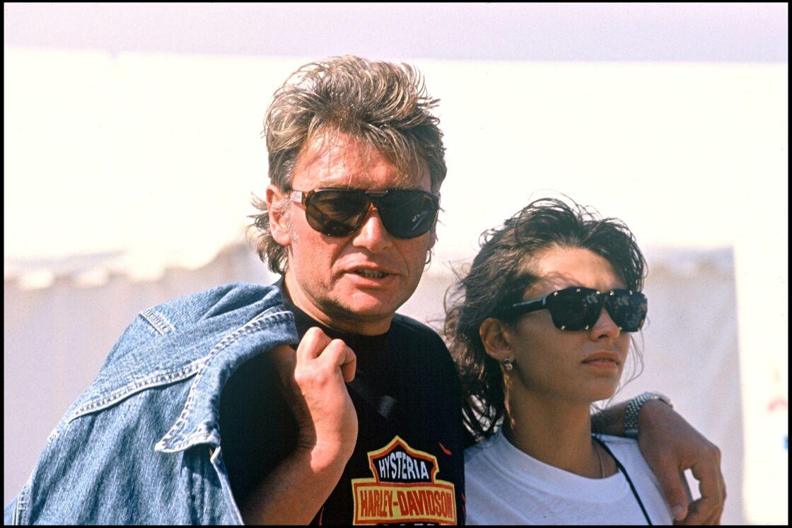 Johnny Hallyday et Adeline Blondieau à Saint-Tropez