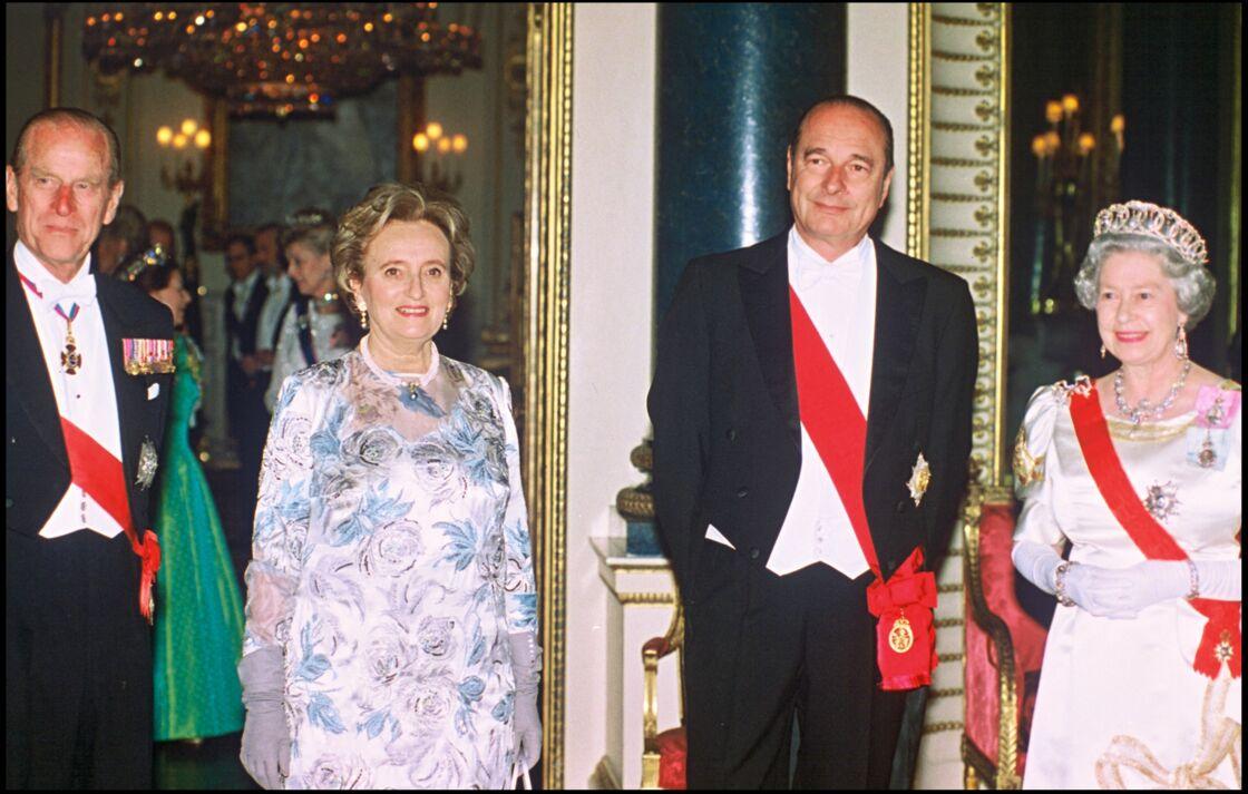 Le prince Philip, Bernadette Chirac, Jacques Chirac et Sa Majesté Elizabeth II le 16 mai 1996 à Londres