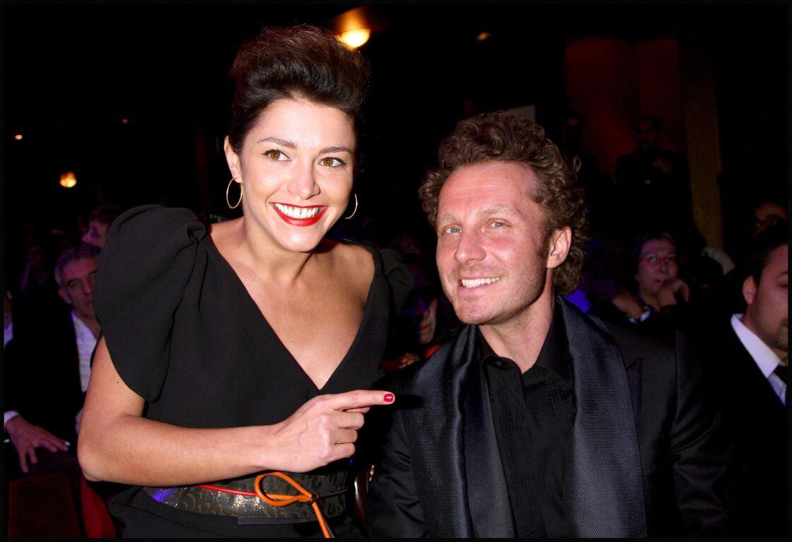 Emma de Caunes et Sinclair ont été mariés entre 2001 et 2005.