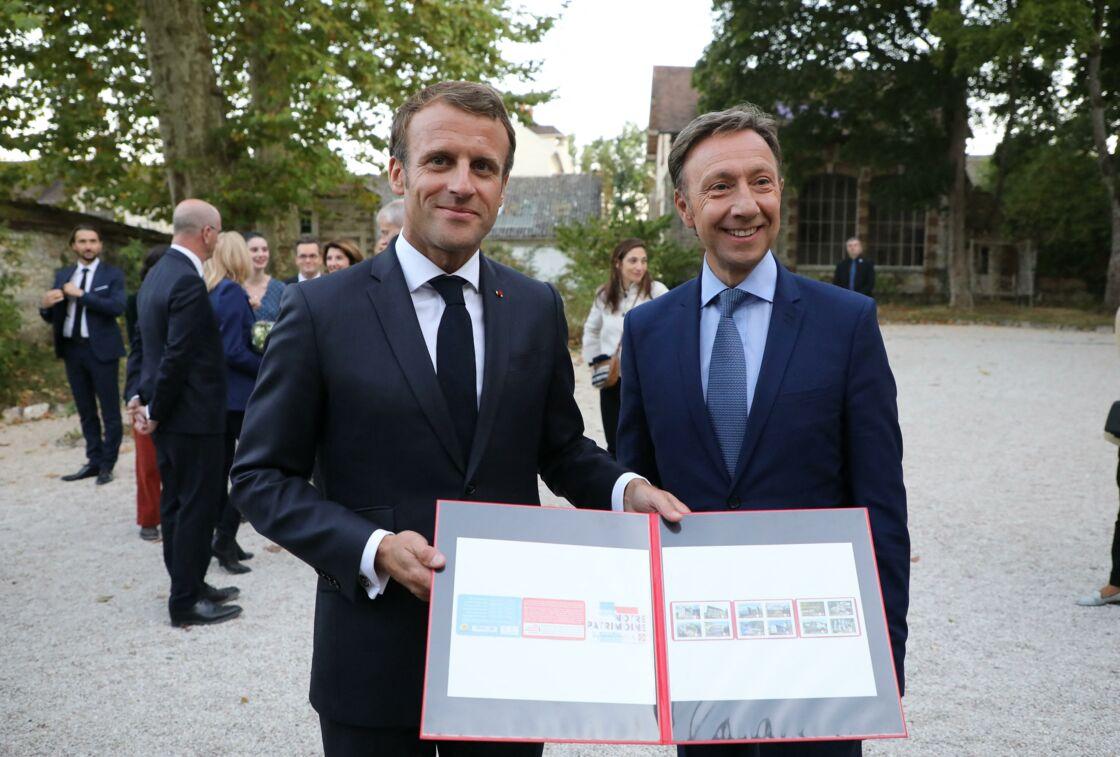 Emmanuel Macron et Stéphane Bern au château de By, à Thomery (Seine-et-Marne).