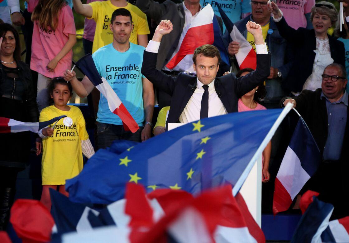 Emmanuel Macron en pleine campagne à Albi le 4 mai 2017, présentant le programme du mouvement