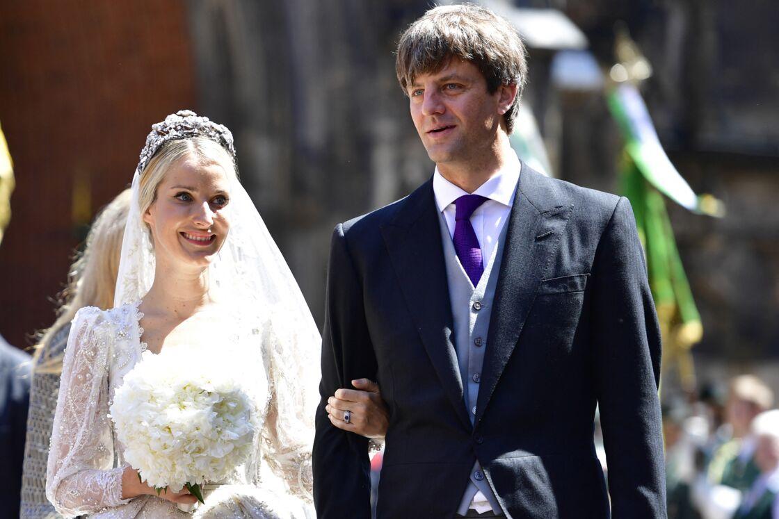 Le prince Ernst August de Hanovre Jr. et son épouse Ekaterina Malysheva, lors de leur mariage, célébré en l'église Marktkirche de Hanovre en juillet 2017.