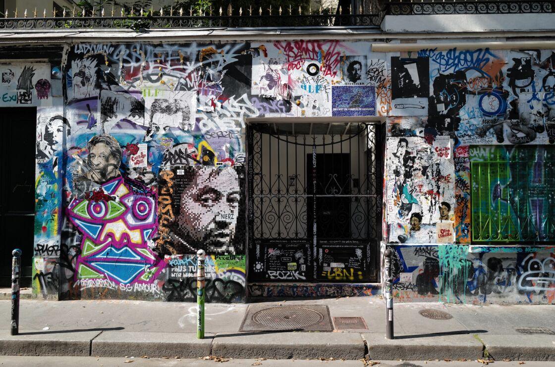 Depuis la disparition de Serge Gainsbourg, le 2 mars 1991, le 5 bis rue de Verneuil suscite toujours autant de curiosité
