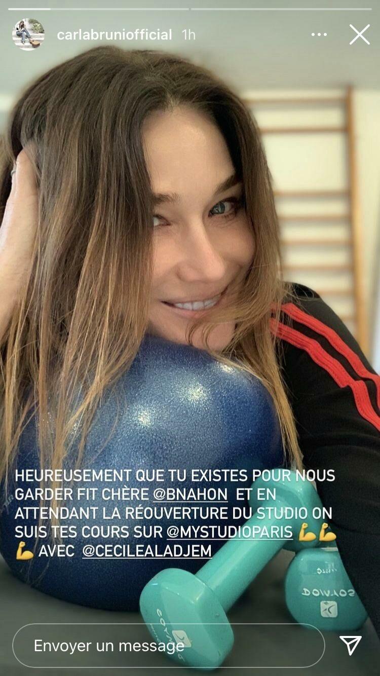 Carla Bruni en séance de sport ce lundi 22 février 2021.