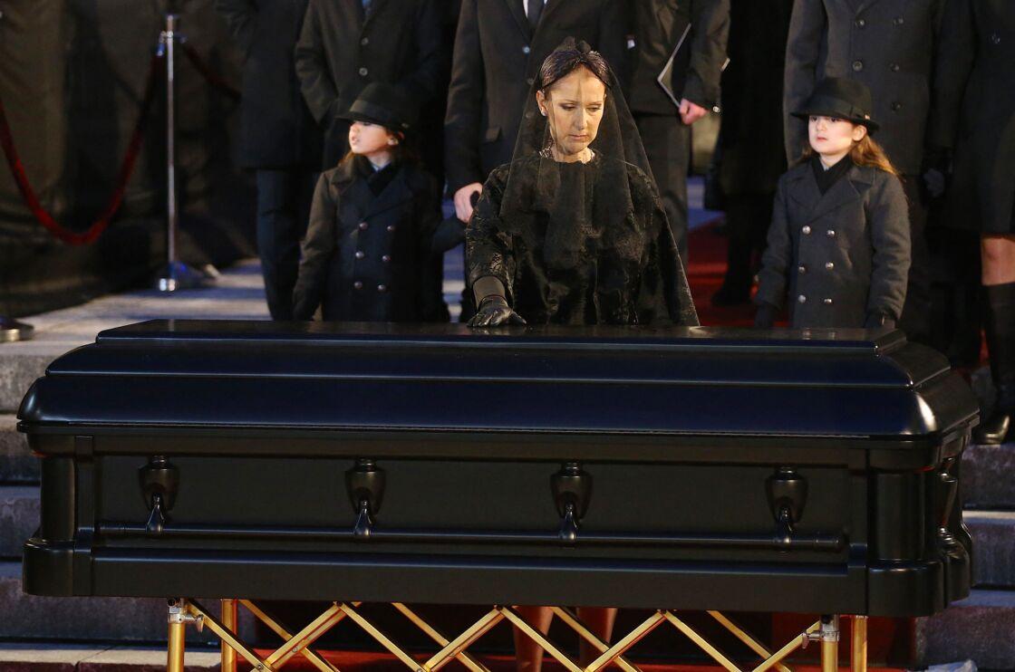 Céline Dion, ses enfants René-Charles Angélil, les jumeaux Nelson Angélil et Eddy Angélil - Sorties des obsèques nationales de René Angélil en la Basilique Notre-Dame de Montréal, le 22 janvier 2016