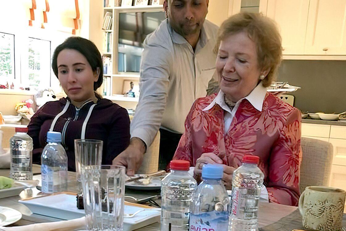 Latifa Al-Maktoum, le 24 décembre 2018, aux côtés de Mary Robinson, à Dubaï