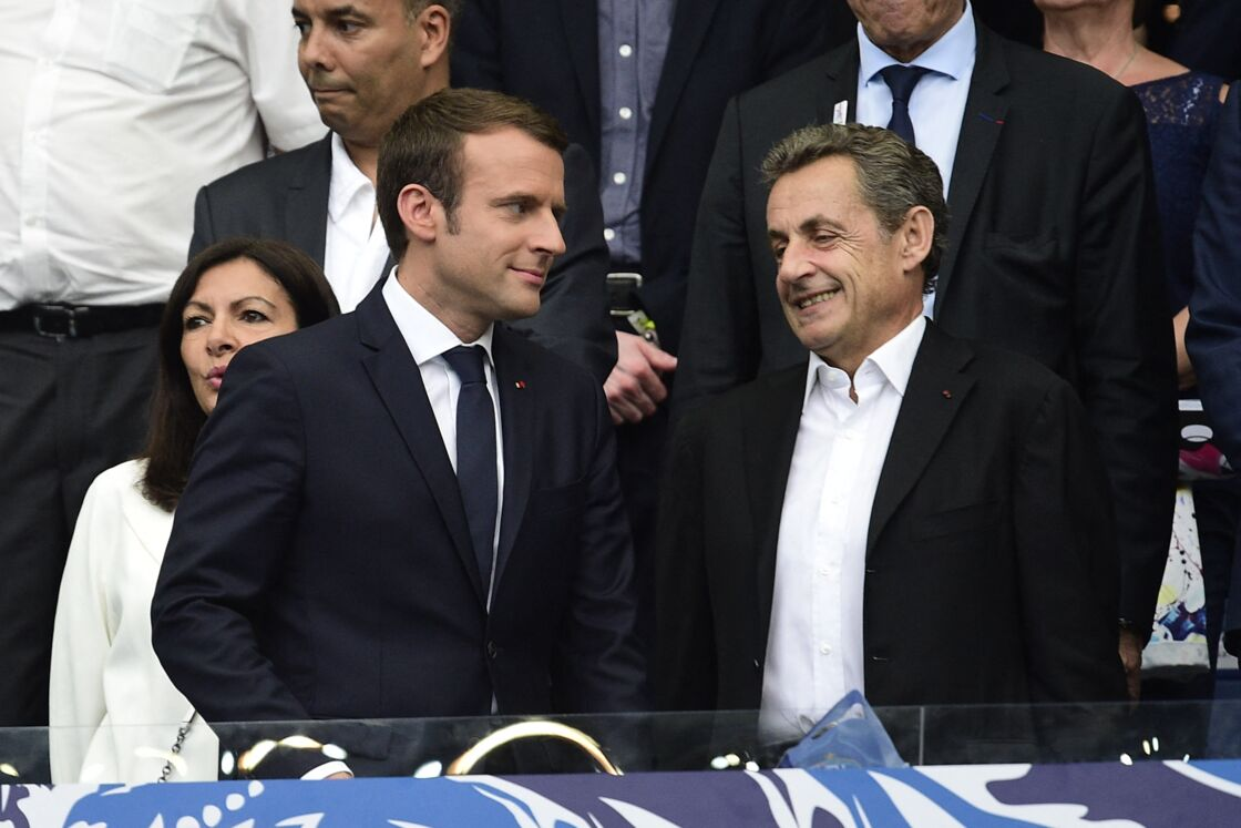 Emmanuel Macron et Nicolas Sarkozy en premier plan, Anne Hidalgo derrière les deux hommes