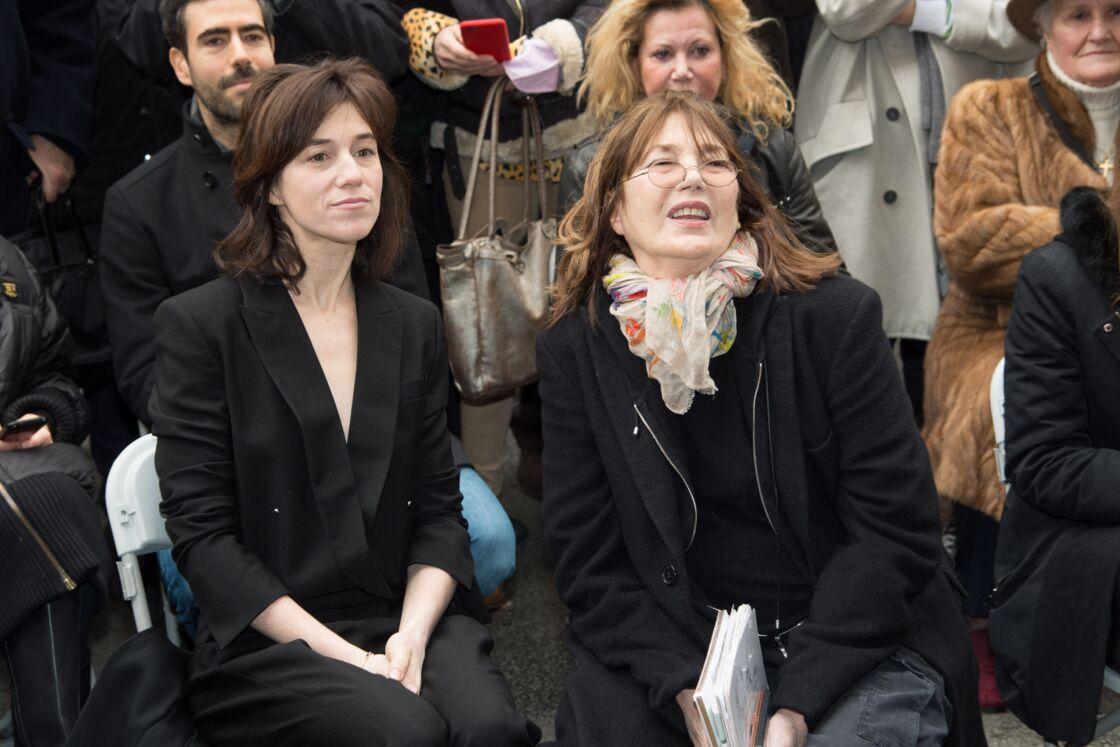 Charlotte Gainsbourg et Jane Birkin le 10 mars 2016 à Paris