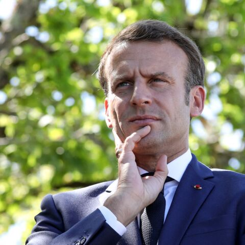 C'est off: ce que penserait Emmanuel Macron de la condamnation de Nicolas Sarkozy
