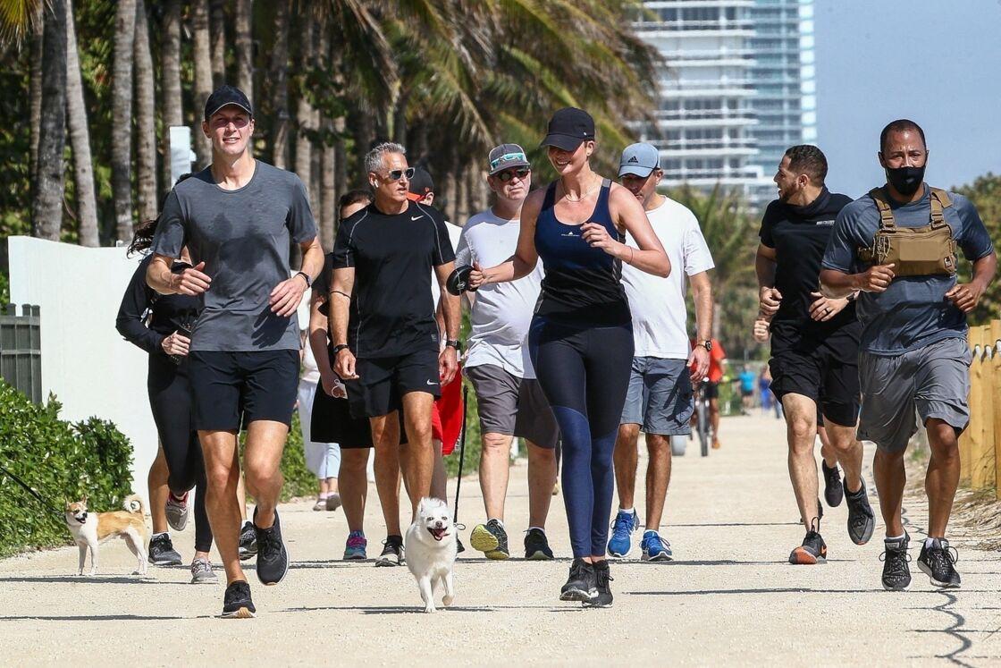 Ivanka Trump, avec son mari Jared Kushner, en train de faire du jogging à Miami Beach, le 13 février dernier.