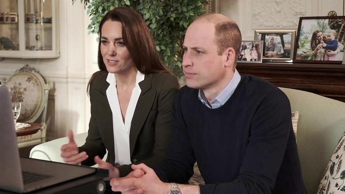 Le prince William et Kate Middleton s'adressent à des malades qui vont recevoir le vaccin contre le coronavirus
