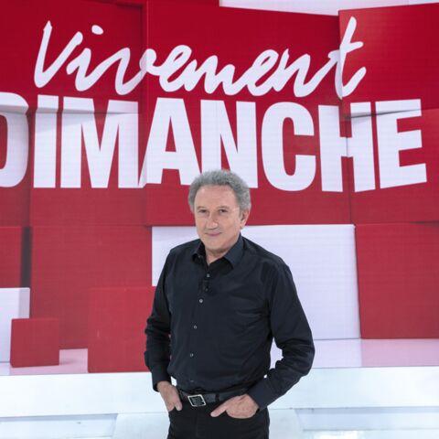 Michel Drucker photographié de dos: l'animateur encore diminué se requinque