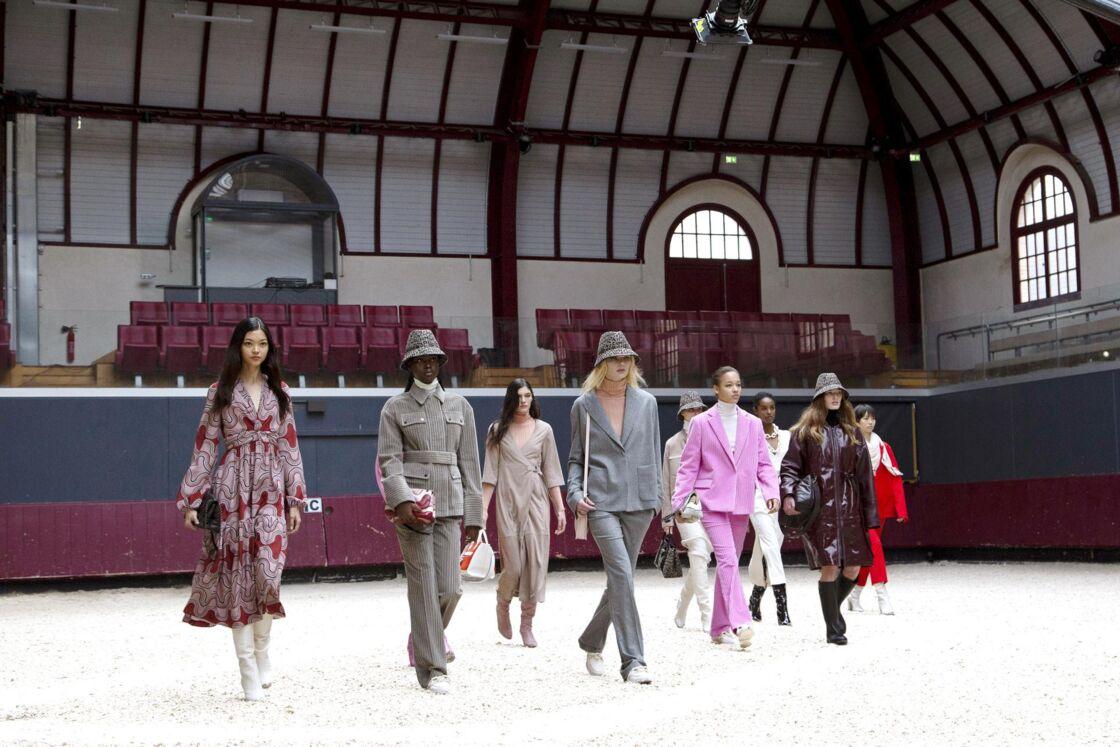 Le manège Battesti : un écrin exceptionnel pour le retour de Longchamp à Paris. Défilé Longchamp Automne-hiver 2021/2022