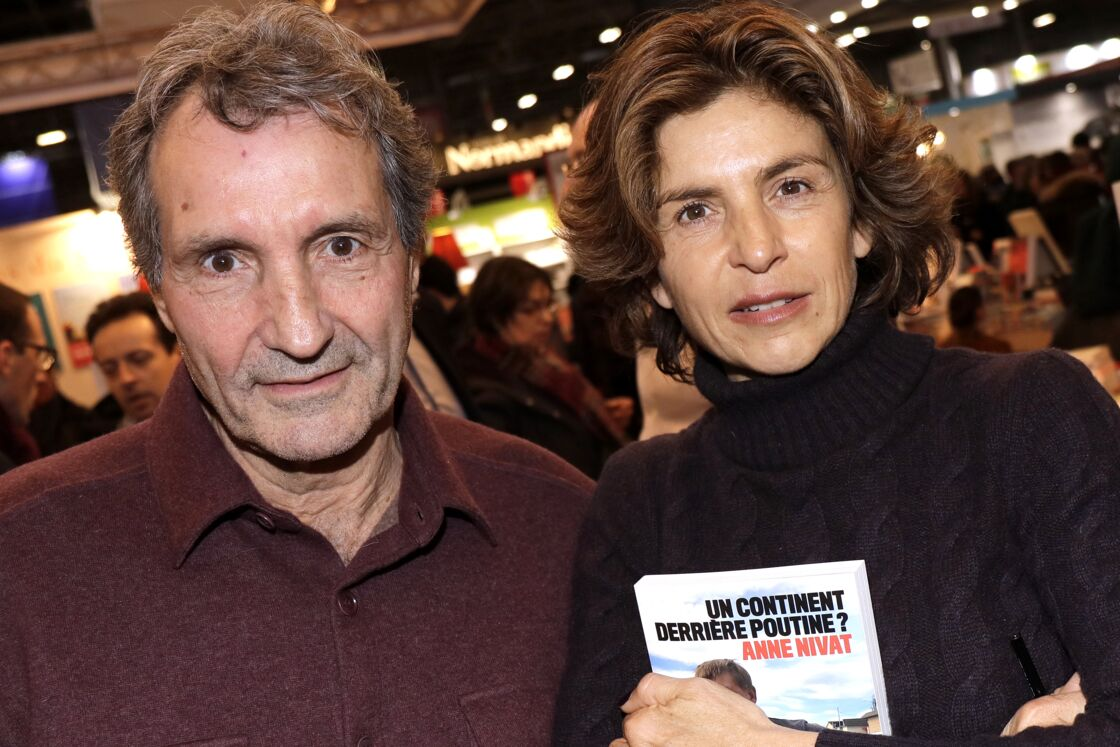 Jean-Jacques Bourdin et sa femme Anne Nivat au Salon du livre le 17 mars 2018