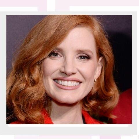 PHOTOS – Cheveux roux tendance: les conseils avant de se lancer
