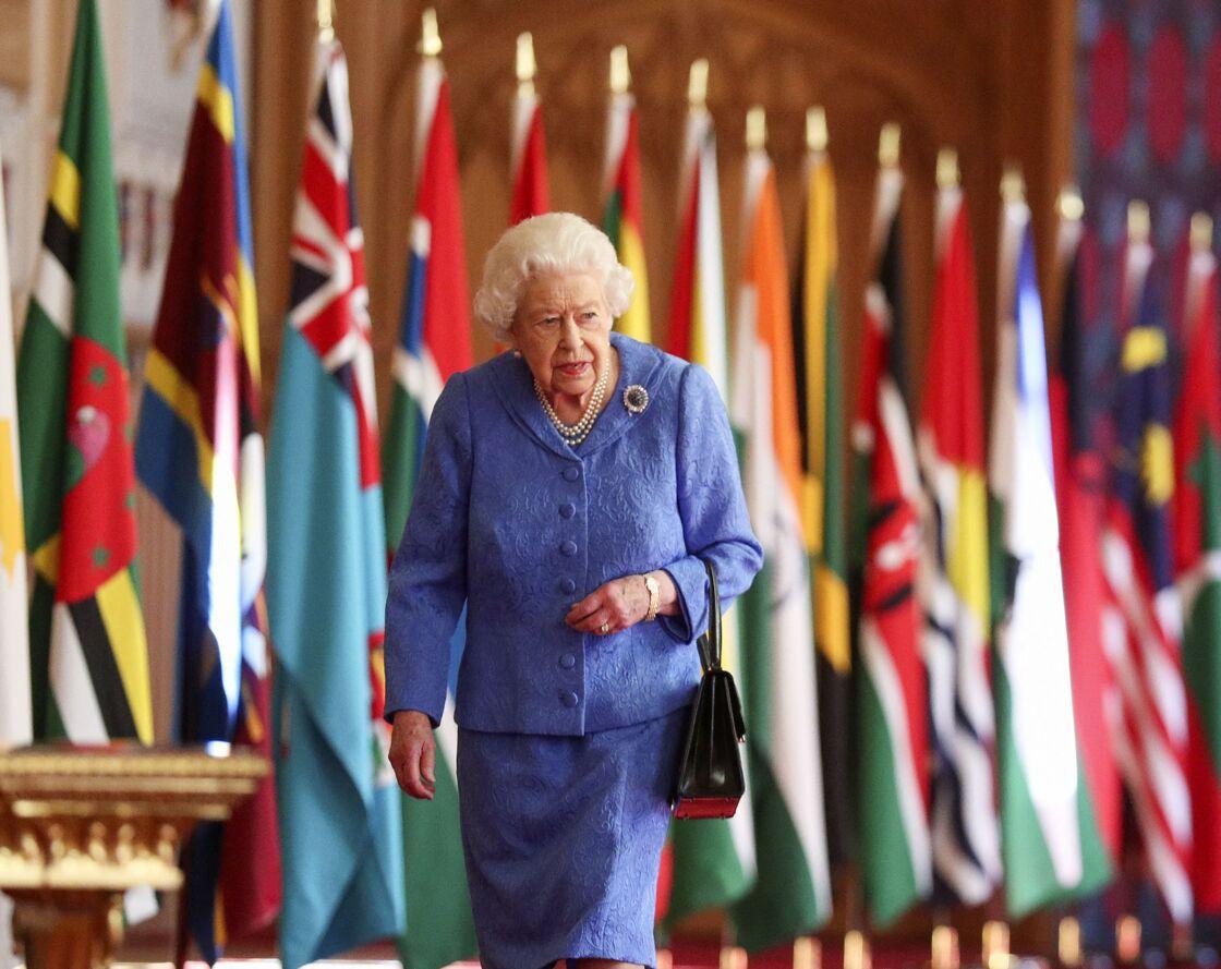 Sa Majesté Elizabeth II ce samedi 6 mars 2021 au château de Windsor