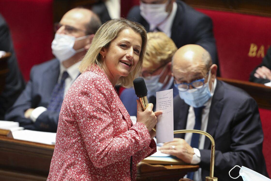 Barbara Pompili, ministre de la Transition ecologique, lors de la traditionnelle séance de questions au gouvernement, à l'Assemblée nationale, à Paris, le 8 juillet 2020.
