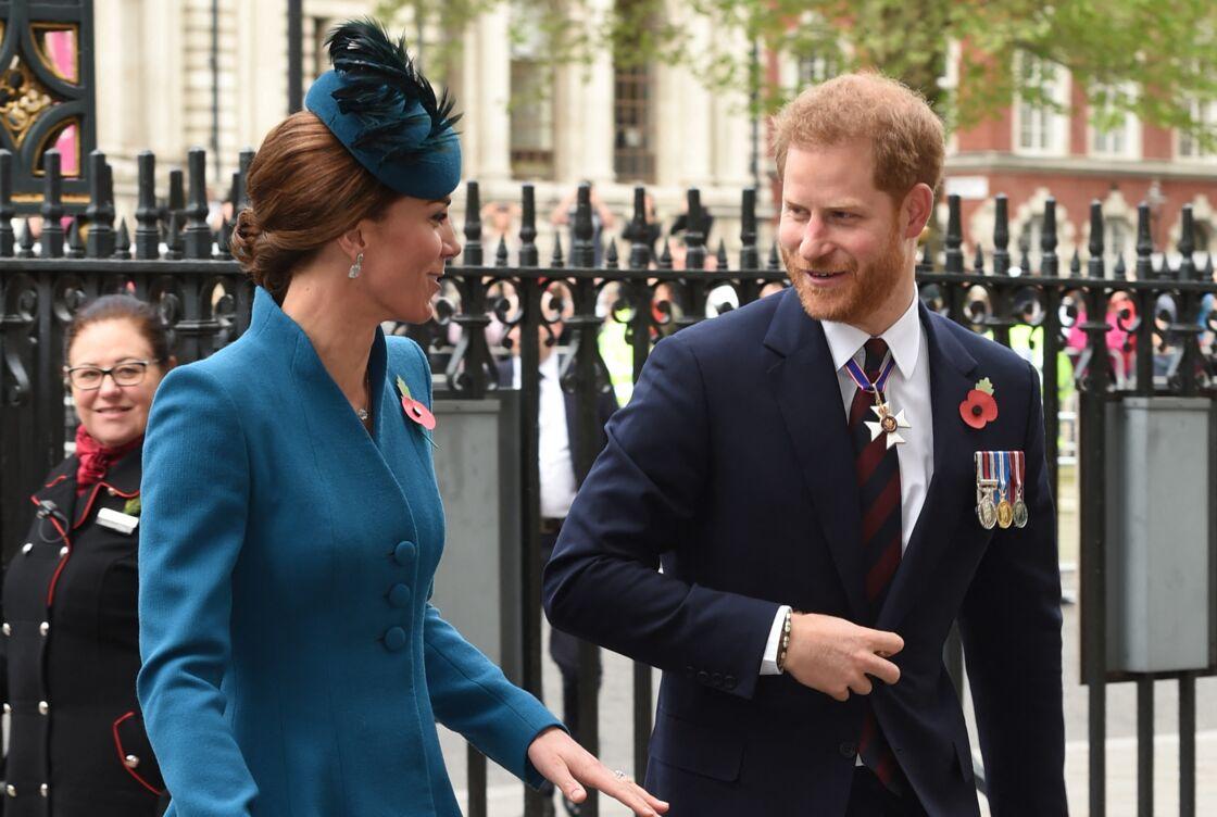 Kate Catherine Middleton, duchesse de Cambridge, et le prince Harry, duc de Sussex - Arrivées de la famille royale d'Angleterre en l'abbaye de Westminster à Londres pour le service commémoratif de l'ANZAC Day. Le 25 avril 2019