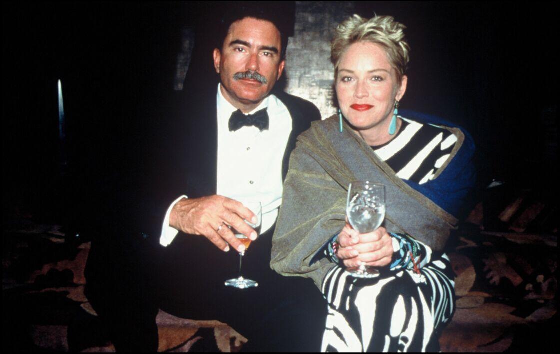 Sharon Stone et Phil Bronstein à leurs débuts en 1998