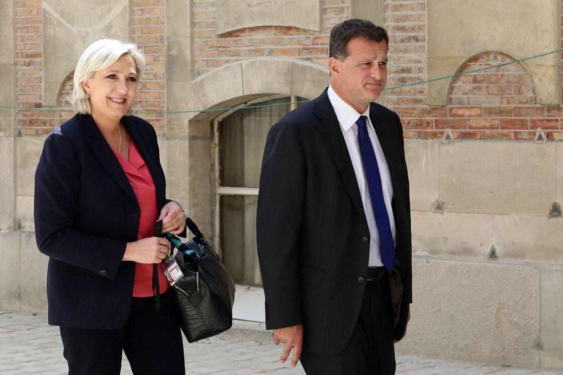 Marine Le Pen et son compagnon Louis Aliot - Députés et sénateurs arrivant lors de la réunion du Parlement en Congrès au château de Versailles, le 3 juillet 2017