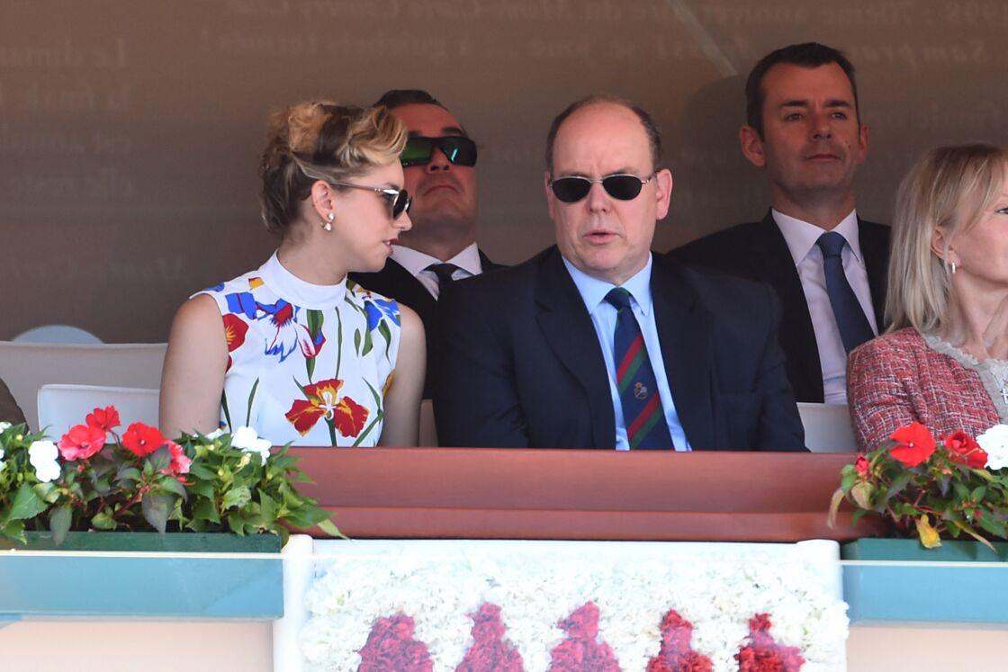 azmin Grace Grimaldi et son père le prince Albert II de Monaco en tribune lors du Rolex Monte-Carlo Masters 2018 à Roquebrune Cap Martin le 19 avril 2018.
