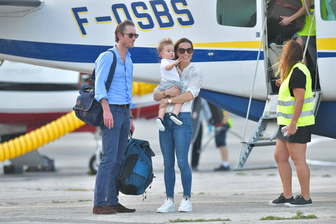 Pippa Middleton et son époux, James Matthew, avec leur enfant Arthur