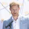 Le prince Philip, «un maître du barbecue»: l'hommage décalé de Harry - Gala