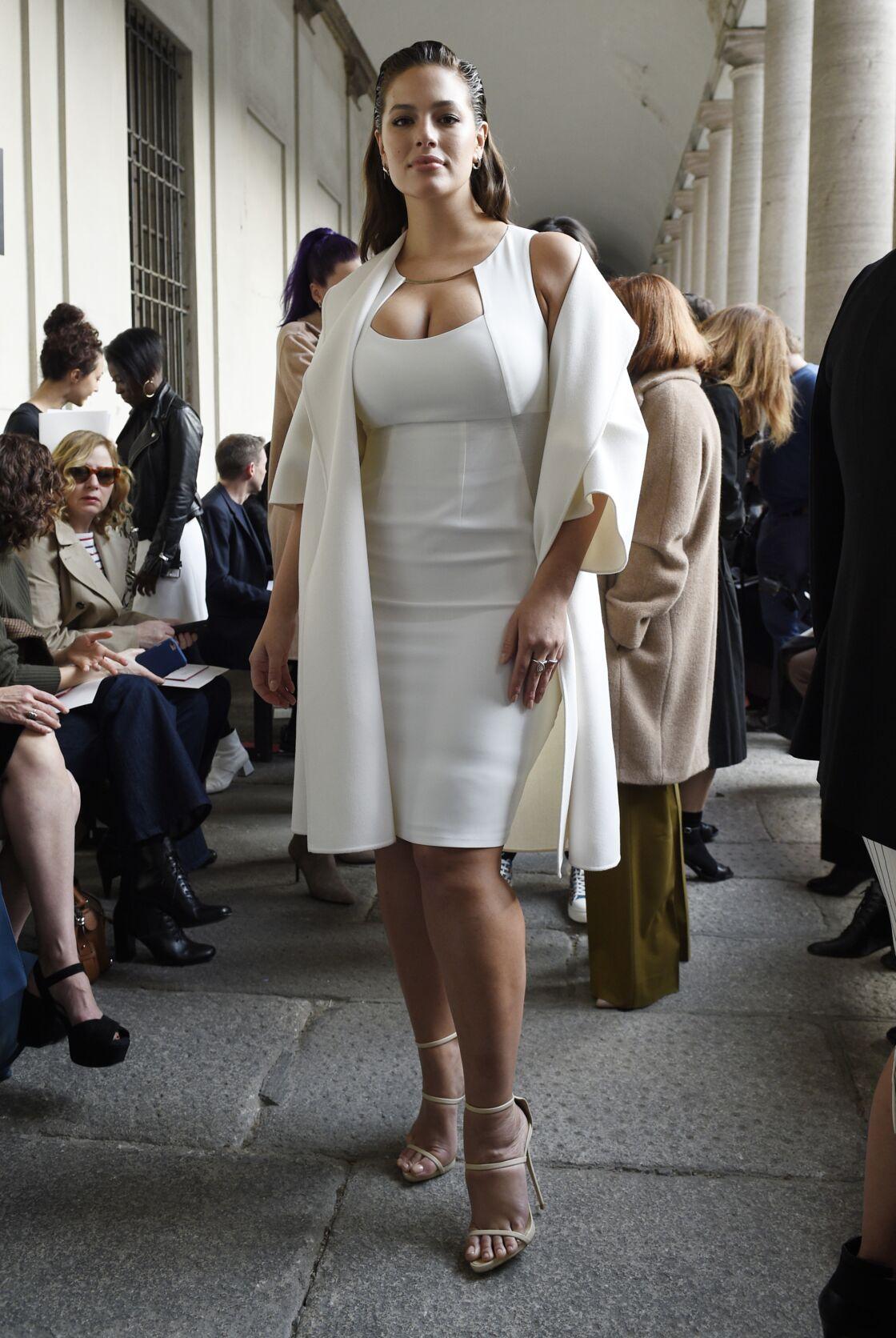 Ashley Graham ambassadrice emblématique de la décennie 2010, proche de la marque non seulement en termes de silhouette, mais aussi et surtout en termes de valeurs