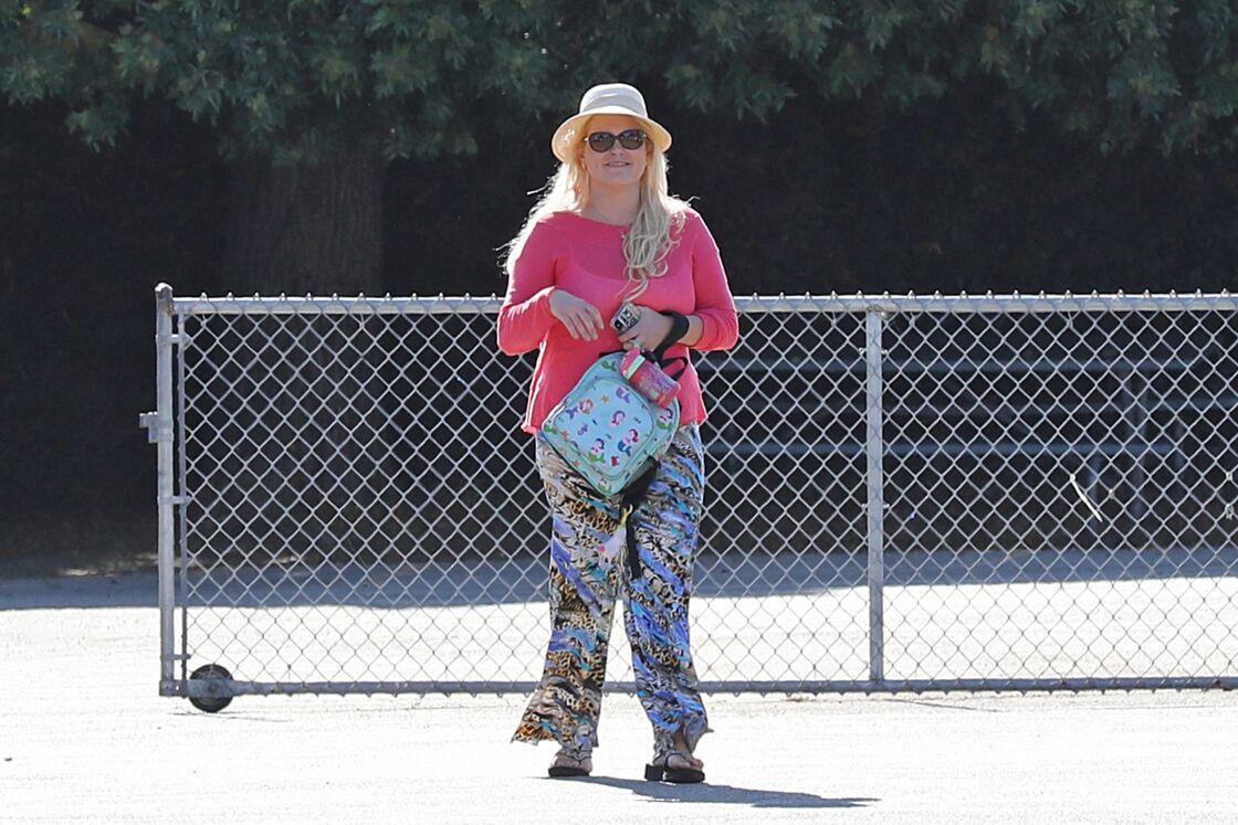 Jennifer Arcuri, qui aurait eu une liaison avec Boris Johnson alors qu'il était maire de Londres, va chercher sa fille à la sortie de l'école à Los Angeles le 3 octobre 2019