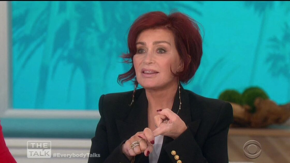 Sharon Osbourne sur le plateau de l'émission The Talk en 2019