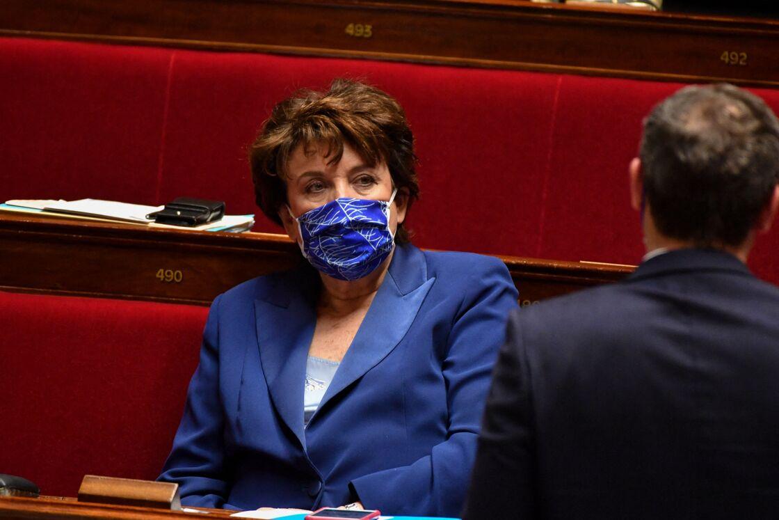 Roselyne Bachelot - Questions d'actualité au gouvernement à l'Assemblée nationale à Paris. Le 9 mars 2021