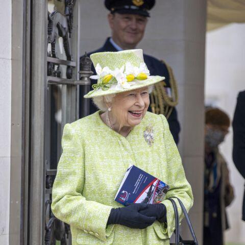 PHOTOS – Elizabeth II souriante: sa 1ère sortie depuis l'hospitalisation du prince Philip