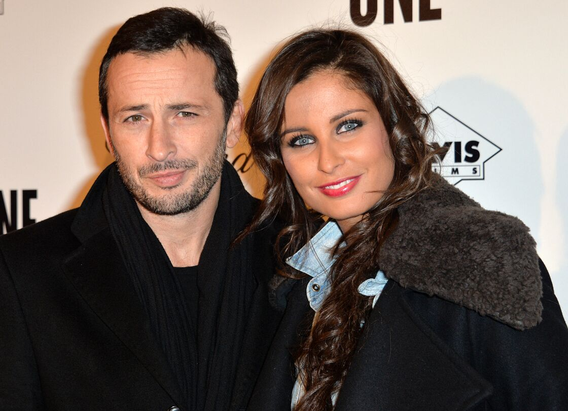 Michaël Cohen et Malika Ménard posent ensemble à l'avant-première du film