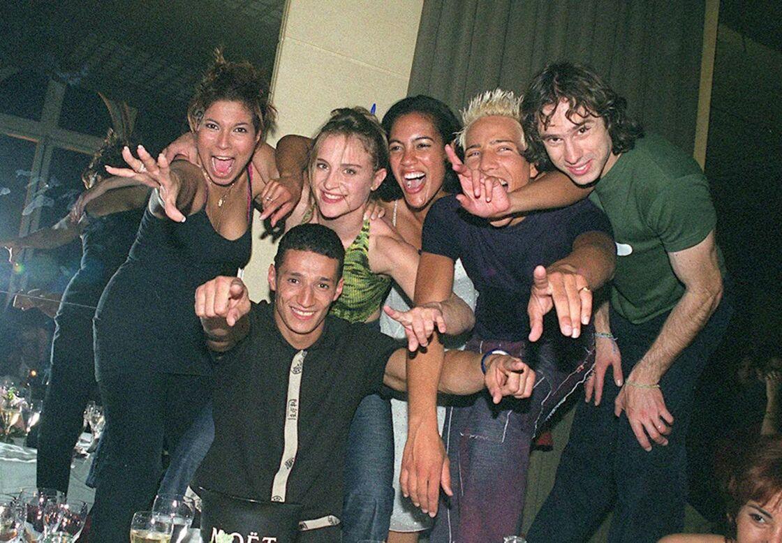 Les Lofteurs dans une boîte de nuit parisienne, le 1er juin 2001.