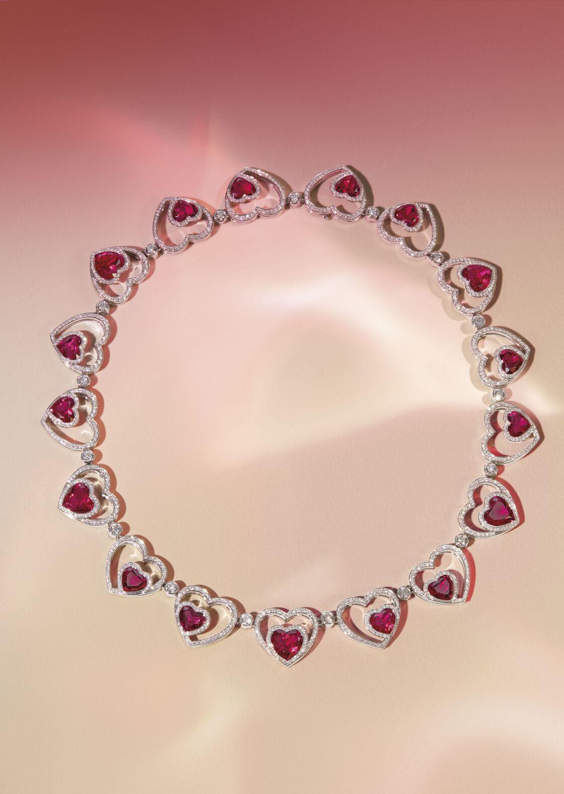 La collection Pretty Woman réunit 400 carats de rubellites. Il n'y en a que 3 000 dans le monde.