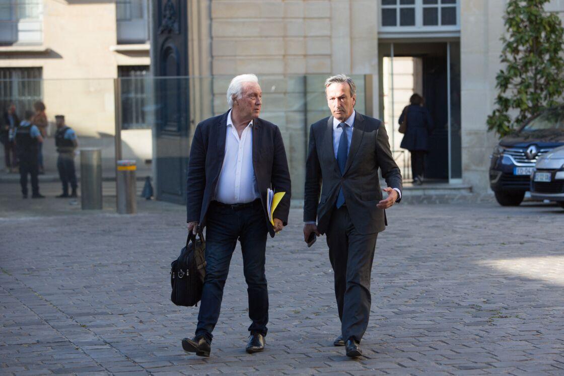 Jean-Francois Delfraissy (à gauche) et Philippe Vigier lors de la réunion sur la crise sanitaire de l'épidémie de Covid-19 à l'hôtel Matignon, à Paris, le 20 mai 2020.