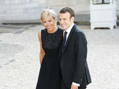 PHOTOS - Brigitte Macron : son style décrypté en 40 tenues symboliques