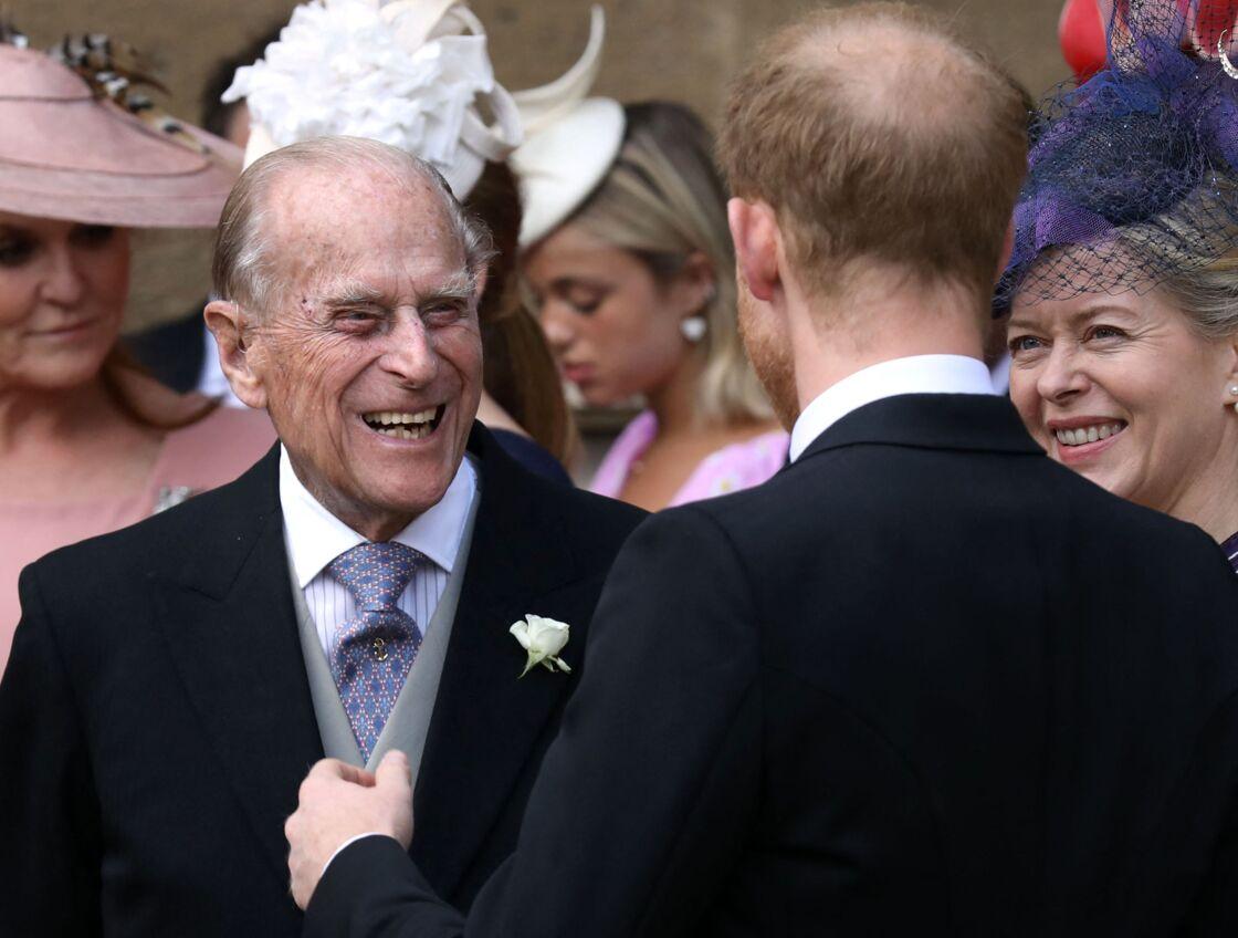 Le prince Philip et le prince Harry au mariage de Lady Gabriella Windsor avec Thomas Kingston en la chapelle Saint-Georges du château de Windsor, le 18 mai 2019.
