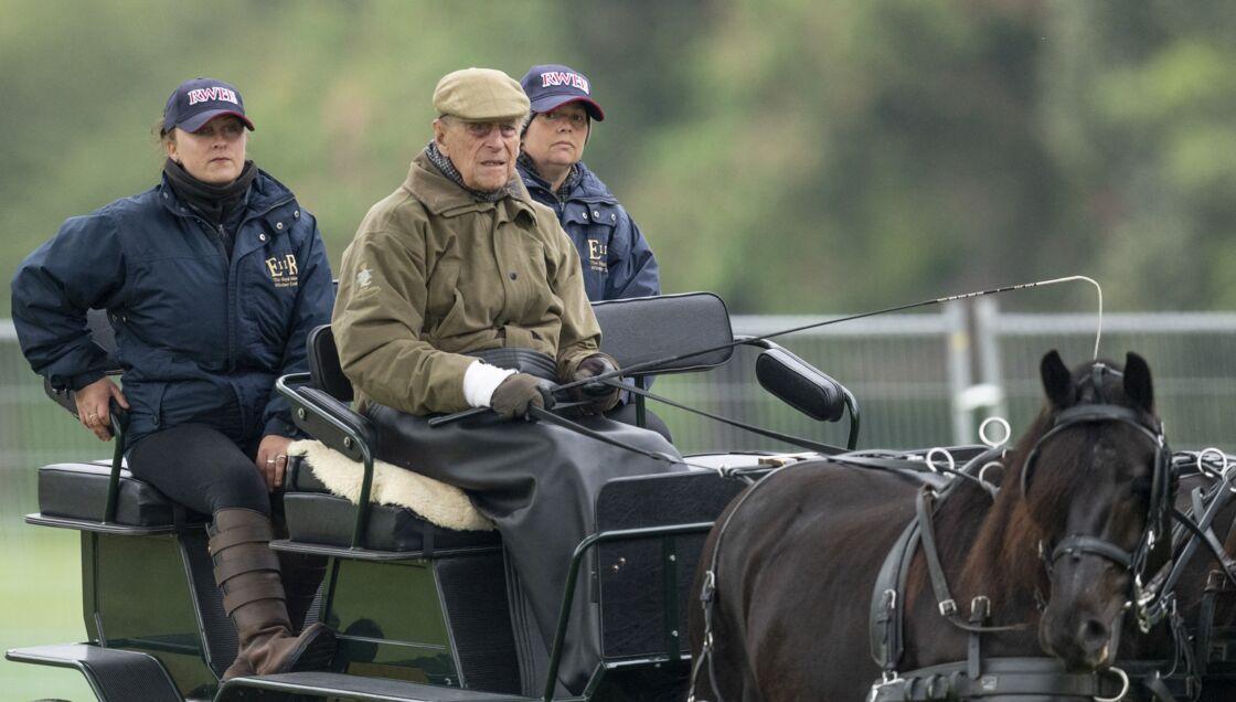 Le prince Philip pour voir Lady Louise participer à un cours de conduite de calèche au Royal Windsor Horse Show
