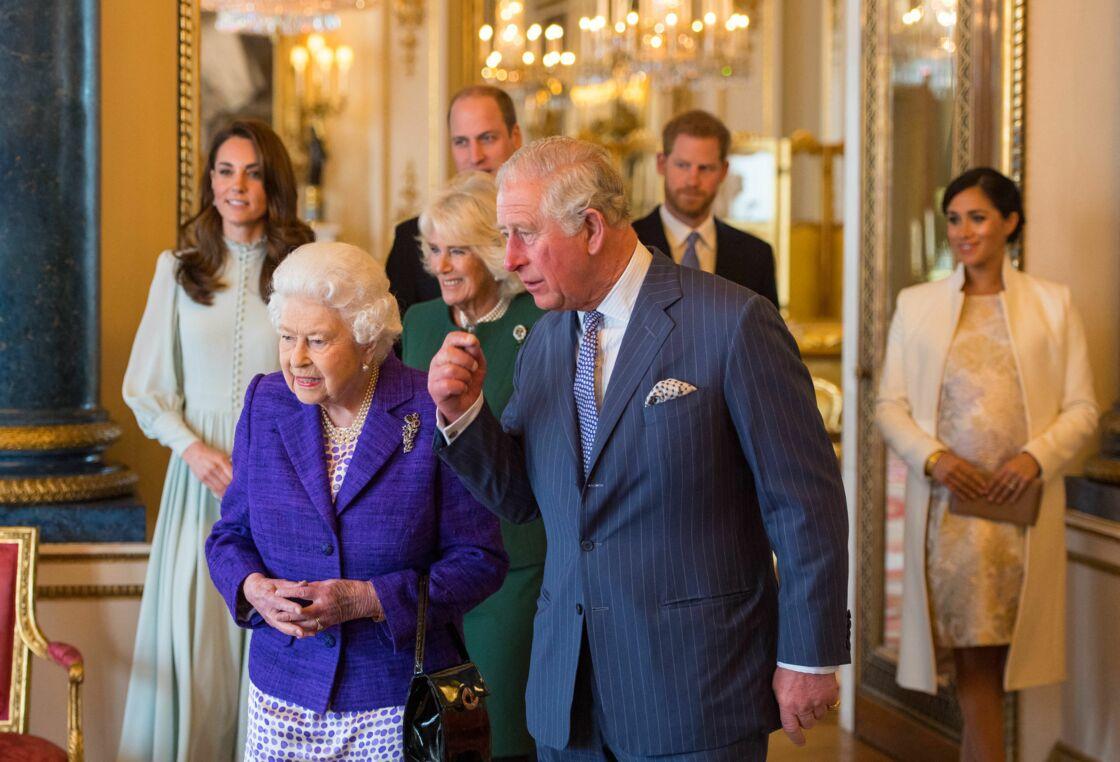 Le prince William, duc de Cambridge, Kate Catherine Middleton, duchesse de Cambridge, Camilla Parker Bowles, duchesse de Cornouailles, la reine Elisabeth II et le prince Charles - La famille royale d'Angleterre lors de la réception pour les 50 ans de l'investiture du prince de Galles au palais Buckingham à Londres. Le 5 mars 2019