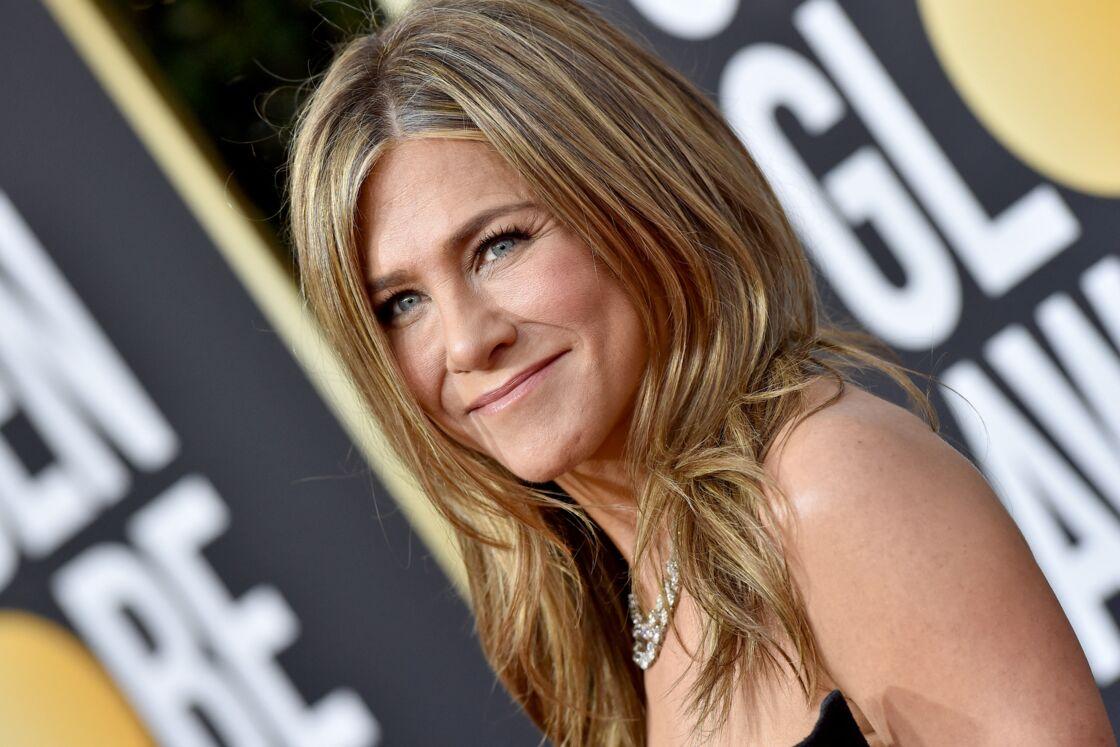 Jennifer Aniston a réagi aux rumeurs d'adoption par l'intermédiaire de son agent